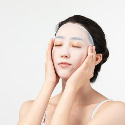 警惕!妆前敷面膜引发的毁脸危机,雅奇护肤劝你不要这么做!